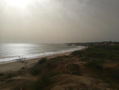 Marche méditative sur la plage de Popenguine…