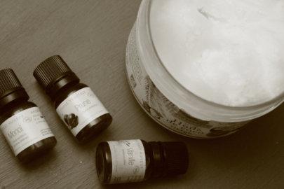 Huile corporelle 2 en 1: Parfumante et relaxante